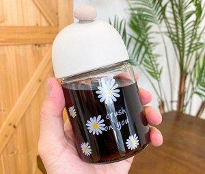 """Бутылочка для воды, принт """"Ромашки"""", цвет белый"""