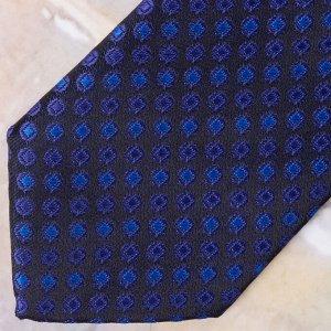 Галстук Цвет: синий. Комплектация: галстук. Состав: микрофибра-100%. Бренд: Svyatnyh. Длина, см: 45. Ширина, см: 6. Фактура: узор.