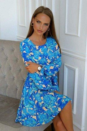 Платье Платье с цветочным принтом всегда в моде, так как украшает обладательницу и придают настроение. Крупные цветы расположены на однотонном фоне. Такой фасон поможет выглядеть стильно и эффектно. Ш