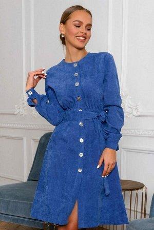 Платье Стильное платье-халат благородного лазурного оттенка исполненное в мягком, фактурном микровельвете - настоящий хит продаж! Крупные серебряные пуговицы, талия на резинке для идеальной посадки, м