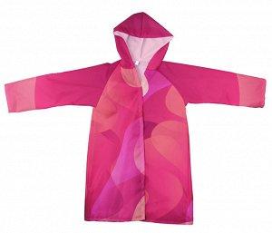 Дождевик Полиэстер 100% Плащи дождевики сегодня стали очень актуальной и даже популярной модной вещью и по праву занимают свое место в гардеробе современного человека. Под дождем без зонта в плаще мож