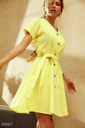 Льняное платье желтого цвета