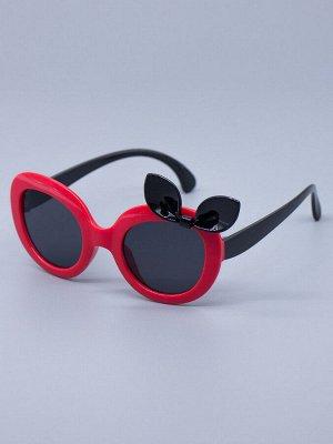 Очки детские солнцезащитные, сбоку черный бантик, черные заушники, красный