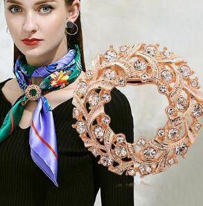 Брошь-зажим для шарфа