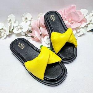 Шлепки Дутик ярко-желтый - 1018 черная подошва
