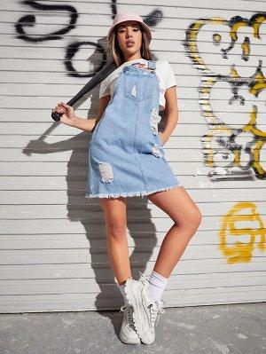 Джинсовое платье с карманом без топа
