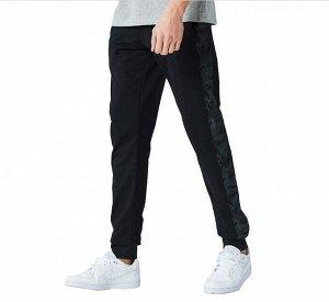 """Мужские штаны, принт""""Камуфляж"""" на лампасах, цвет черный"""