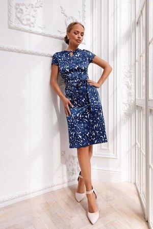 Платье Платье из 100% хлопка идеальный вариант на лето. Утончённый и необычный образ создан за счёт фирменного лекала. Классический крой, актуальный принт. В этом платье вы будете выглядеть очень изящ