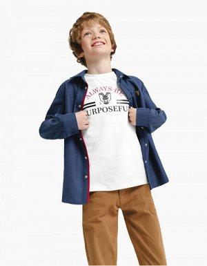 Джемпер дм ЧЕРНЫЙ ,БЕЛЫЙ Классическая футболка с круглой горловиной для мальчика. Выполнена из кулирной глади с эластаном. Декорирована контрастным изображением фирменной эмблемы с изображением совы и