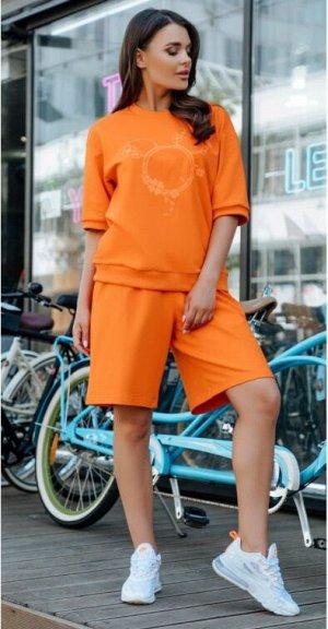 Костюм /оранжевый Футболка свободная с коротким рукавом, на полочке принт.+ Шорты свободные с карманами в шве. Материал: COTTON футер  ХЛОПОК 92% ЭЛАСТАН 8%