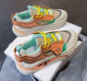 """Женские кроссовки, принт """"21"""", надпись """"Fashion"""" на подошве, цвет оранжевый/зеленый/молочный"""