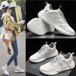Женские кроссовки, с серой полосой на подошве, цвет белый
