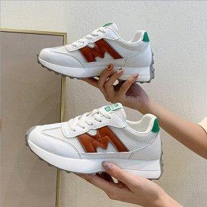 """Женские кроссовки, надпись """"New fashion 520"""", цвет белый/коричневый"""