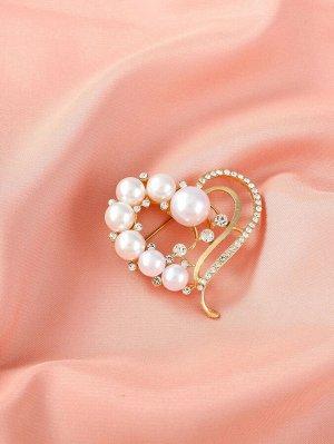 Броши Цвет: Белый детали: Сердечко, с жемчугом, со стразами Тип: Броши Материал: Металл