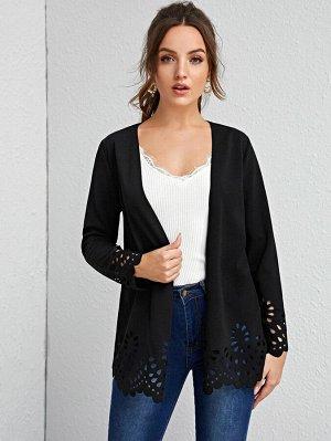 Пальто с оригинальной отделкой