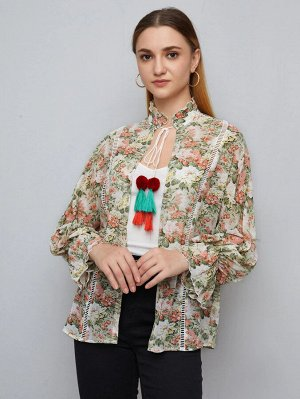 Пальто с воротником-бантом и цветочным принтом