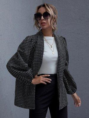 Твидовое пальто с оригинальным рукавом