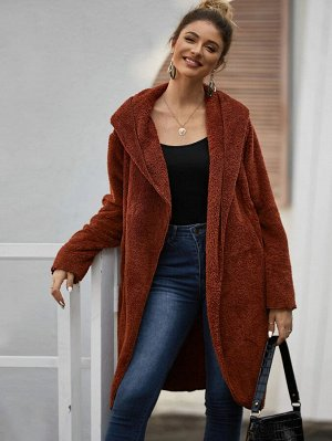 Плюшевое пальто с капюшоном и карманом