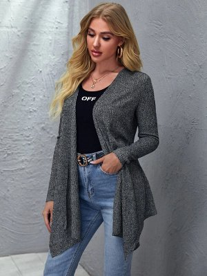 Асимметричное вязаное пальто в рубчик