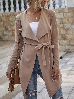 Замшевое пальто с каскадным воротником и поясом