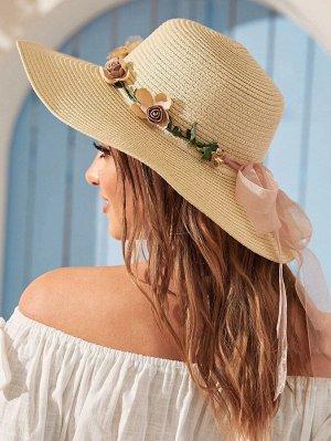 Соломенная шляпа с декором цветка