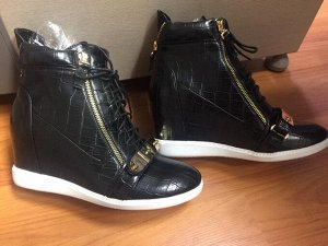 Ботинки женские осень