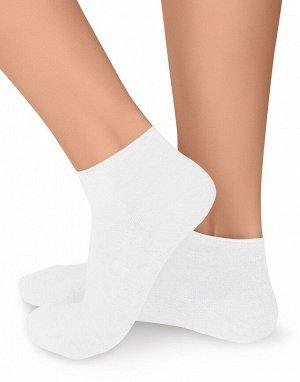 Женские гладкие тонкие укороченные носки