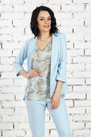 Жакет Жакет из эластичной костюмной ткани. Расцветка голубой. Рукав 3/4 44 см. Без застёжки. Без подклада. ДИ в 42-44 р. 61 см, в 46-48 р 62 см, в 50-54 р 63 см. Рост модели 164 см., размер изделия 4