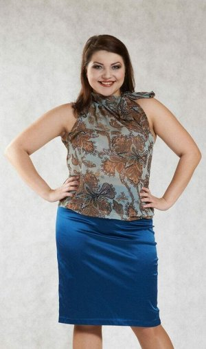 Блуза Красивая блуза струящегося-прямого силуэта, модель американка, выполнена из легкого шифонового полотна прозрачно-бирюзового цвета. Изящный ворот стойка на завязках, фиксирует блузу на шее объемн