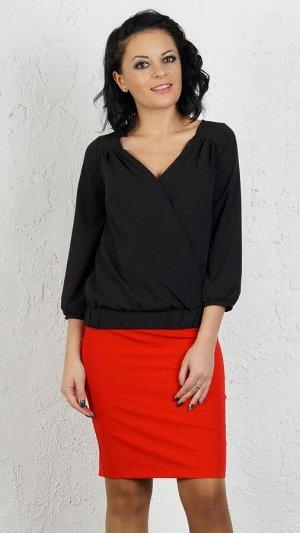 Блуза Блуза на запах из эластичной блузочной ткани. Рукав 3/4, длина 47 см . По переду кокетка со сборкой. Застёжка кнопка. Низ на ножке. ДИ в 42-44 р 57 см., в 46-48 р 58 см, в 50-54 р 60 см. Рост