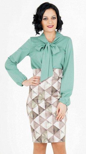 """Блуза Блуза с завязкой """"бант"""". Выполнена из эластичной блузочной ткани. Рукав длинный 63 см. Без застёжки. Без подклада. Низ прямой. ДИ в 42-44 р 64 см, в 46-48 р 65 см., в 50-54 р 68 см. Рост модели"""