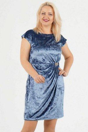 Платье Красивое платье из бархатного трикотажного полотна с эффектом запаха и с декором под золото на талии. Вырез горловины лодочка. Рукава цельнокроеные, длина от плеча в 48-50 р 15 см, в 52-54 р