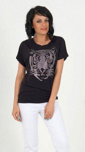 Блуза Блуза из эластичного трикотажного полотна. Круглый вырез горловины. Цельно кроенный рукав в 42-48 р 24 см, в 50-54 р 25 см от горловины. Термонаклейка в виде  головы тигра.Без застёжки. Без п