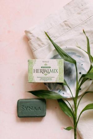 Мыло HerbalMix травы с кокосовым маслом Aasha 75г