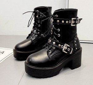 Женские демисезонные ботинки на замке и шнурках, с декоративными ремнями и клепками, цвет черный