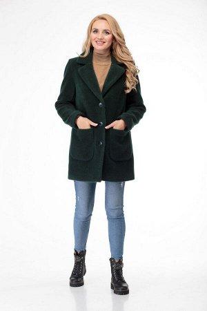 Пальто Пальто БелЭльСтиль 825 зеленый  Состав: ПЭ-7%; Шерсть-20%; ПА-5%; ПАН-68%; Сезон: Осень-Зима Рост: 164  Модное и уютное пальто, полностью на подкладке, с застежкой на петли-пуговицы. Перед пал