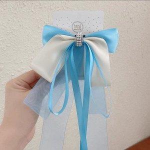 Заколка-зажим с бантиком и двумя разными по размеру ленточками, цвет голубой/белый