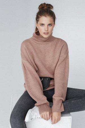 Свитер Модель: свитер. Цвет: пудровый. Комплектация: свитер. Состав: шерсть-50%, акрил-50%. Бренд: aim. Фактура: однотонная. Плотность: средняя.