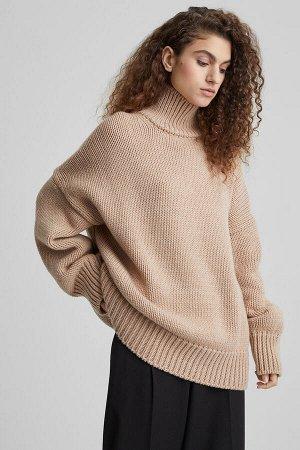 Свитер Модель: свитер. Цвет: бежевый. Комплектация: свитер. Состав: шерсть-50%, акрил-50%. Бренд: aim. Фактура: однотонная. Плотность: толстая.