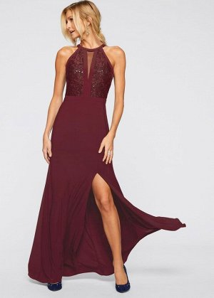 Платье с кружевом