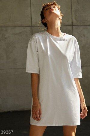 Белое платье-футболка
