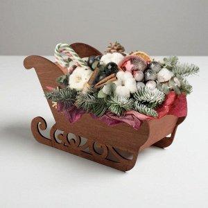 "Кашпо новогоднее ""Сани"", с декором снежинка, коричневый, 23 х 10 х 14 см"
