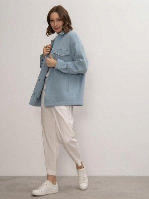 Жакет Состав ткани: 98% Хлопок, 2% Эластан Описание модели Жакет рубашечного кроя небесно-голубого оттенка. Модель изготовлена из натурального хлопка, материал очень нежный и приятный на ощупь. Издели