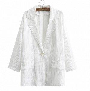 Легкий пиджак белый