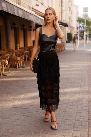 Платье Платье Vesnaletto 2764  Состав: ПЭ-96%; Спандекс-4%; Сезон: Осень-Зима Рост: 164  Платье прилегающего силуэта, выполнено из сочетания двух тканей: кружевное полотно и искусственная кожа.Платье