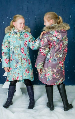 Пальто для девочки зеленый