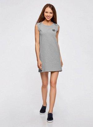 Платье прямого силуэта из ткани пике