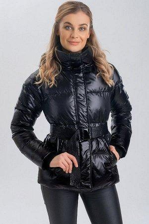 Куртка Современный ритм жизни вынуждает нас большую часть времени проводить динамично, а, значит, и предпочитать спортивный стиль в одежде. Этой весной в тренде яркие куртки, которые непременно подним