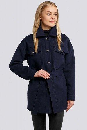 Пальто Объемная модель с накладными карманами и поясом появилась в гардеробе самых продвинутых модниц. Такое полупальто хорошо в первую очередь тем, что даёт возможность составить разнообразные компле
