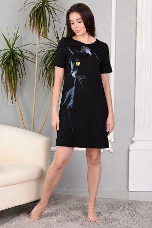 Платье Ткань кулирка Состав 100% хлопок Описание Женское платье из качественного полотна. Горловина круглой формы, короткий рукав, боковые карманы, на изделии изображена печать в виде кошки. Удобный в